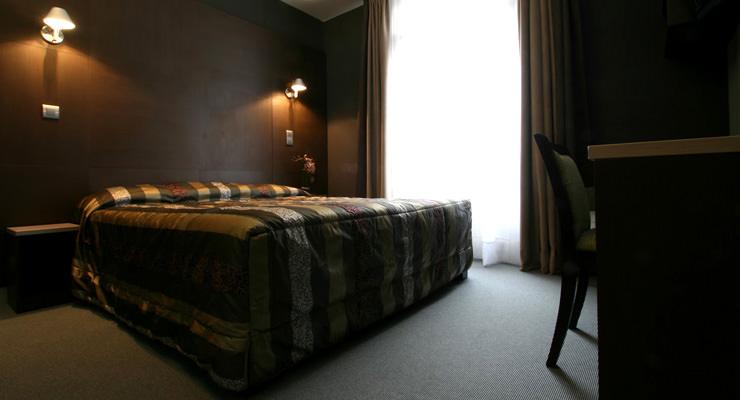 astoria-chambre-grise-2