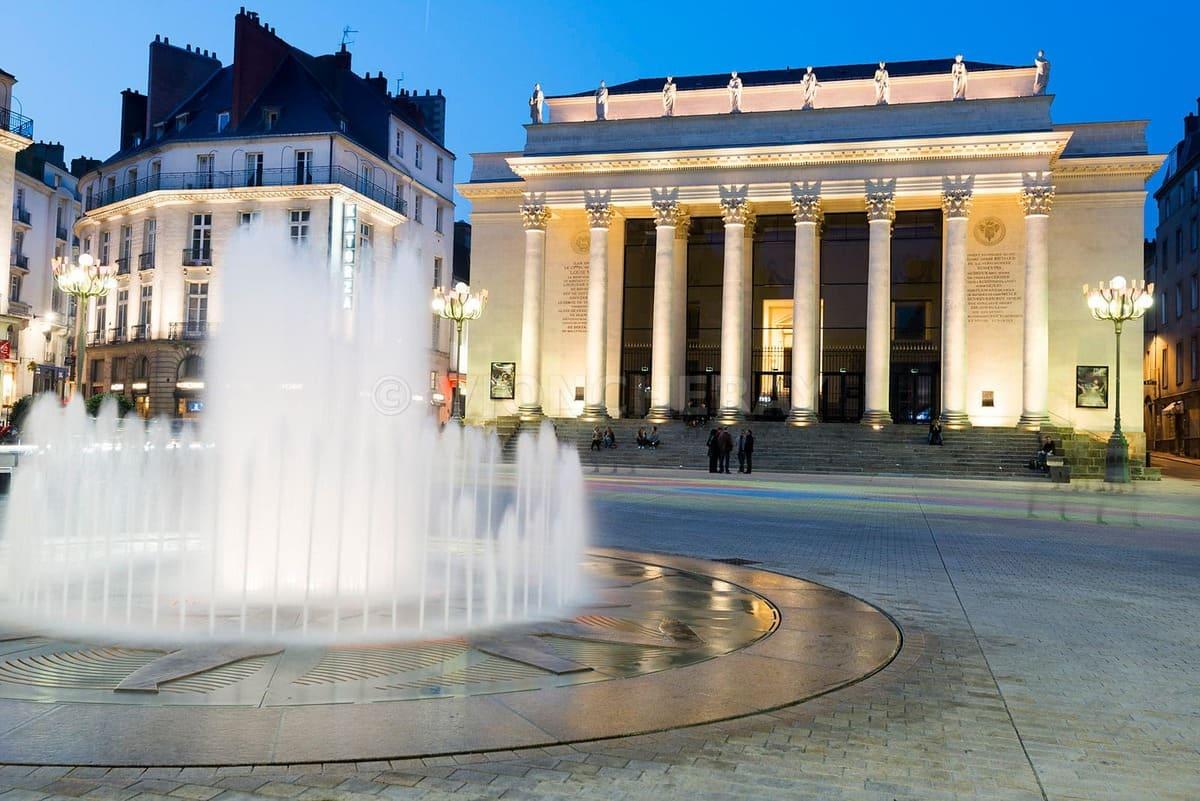 Tourisme Nantes - Place Graslin